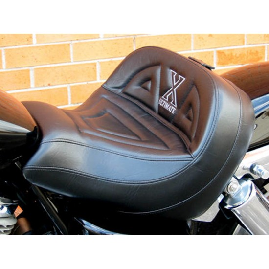 VTX 1800 C Lowrider Seat - Plain or Studded