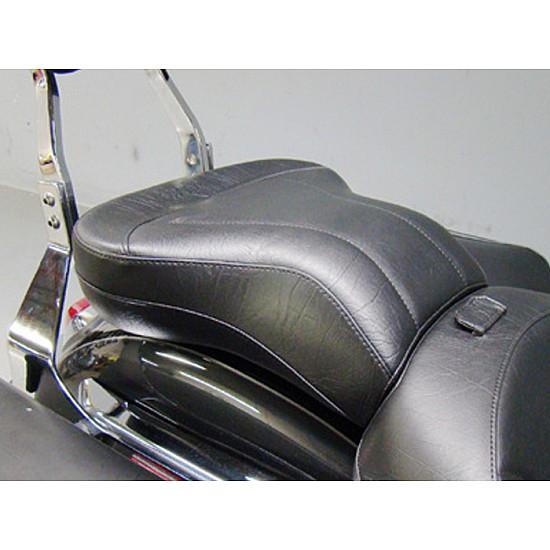 Boulevard C109 Passenger Seat - Plain or Studded