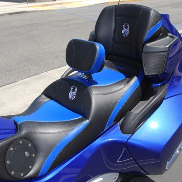 Full Blue Inlays on a Spyder RT