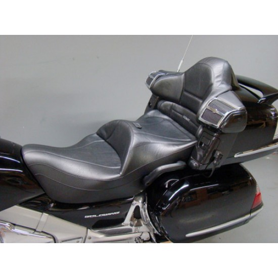 Goldwing GL 1800 King Seat and Passenger Backrest (2001 - 2017)