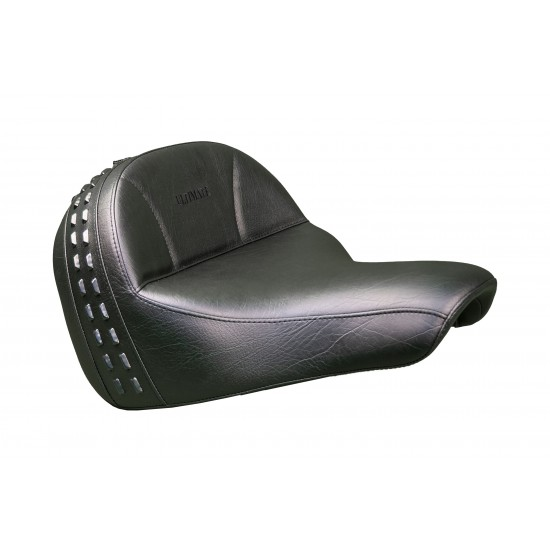 Softail® Heritage and Deluxe Seat - Plain or Studded (2018 and Newer)
